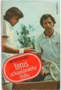 Tenis od kapitánskeho stolku